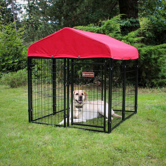 4'W x 4'L Pet Resort Kennel w/ Sunbrella Cover | Lucky Dog